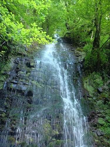 Водопад «Девичьи слёзы»